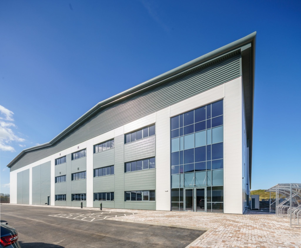 Region's largest industrial and logistics unit ready for occupation at St. Modwen Park Access 18 Avonmouth